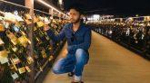 প্রেমিক যুগলের স্মৃতিচিহ্ন, প্রমিজ ব্রিজে ঝুলছে কয়েক হাজার 'ভালোবাসার তালা'