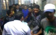 পশ্চিমবঙ্গে প্রতিমন্ত্রীর ওপর বোমা হামলা: বাংলাদেশি গ্রেফতার