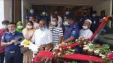 বগুড়ায় পুলিশকে গাড়ি উপহার দিল শিবগঞ্জ পৌরসভা