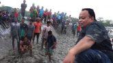 এলাকাবাসীর 'ধাওয়া খেয়ে' যা বললেন এমপি আক্তারুজ্জামান